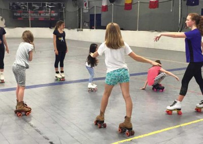 learn-to-skate-teaching_spins