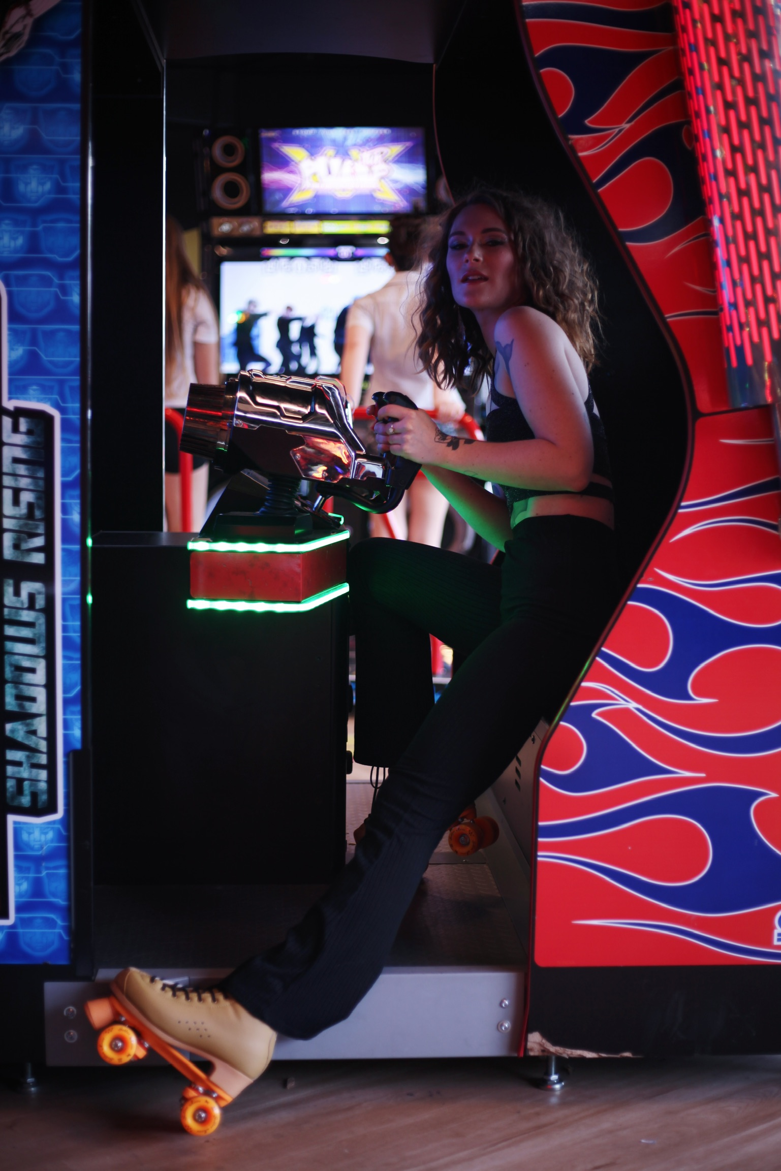 roller girl in arcade game