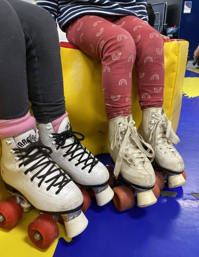 kids roller skate class and mums coffee group at ActivZone glenfield